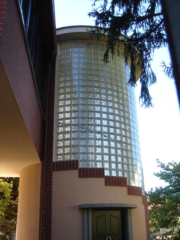 Scale per interni ed esterni manufatti in cemento for Chiusura vano scala interno